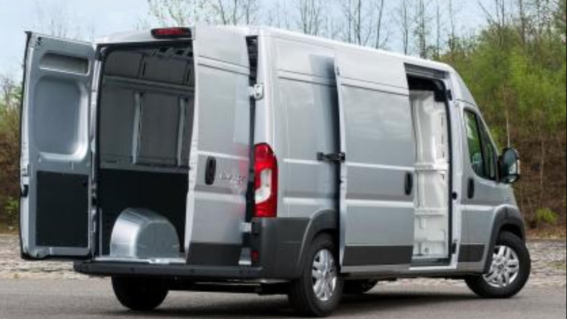 fiat ducato recenze a ceny. Black Bedroom Furniture Sets. Home Design Ideas